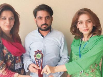 آل پاکستان کیپیٹل ایوارڈ 2020 بھی انٹرنیشنل و نیشنل میک اپ آرٹسٹ ایم رمضان کے نام